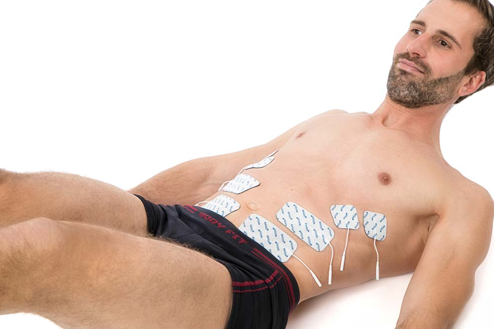 EMS-belly-training-Man-electrode-placement-on-belly